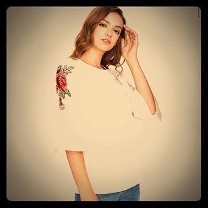 NWT Floral Embroidered  Bell Sleeve Top. Medium.